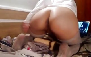 Terrific ex-girlfriend with big booty riding on huge sex toy