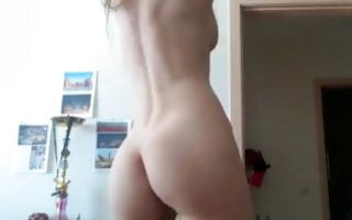 Naughty amateur floosie nicely showing marvelous body