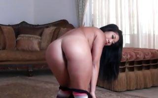 Stunning Asian girlfriend Mey Li deeply fucked in wet muff
