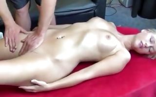 Blondie with gorgeous body horny intimate massage