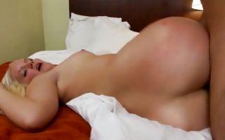 Amazing blonde girlfriend insanely fucked in wet muff